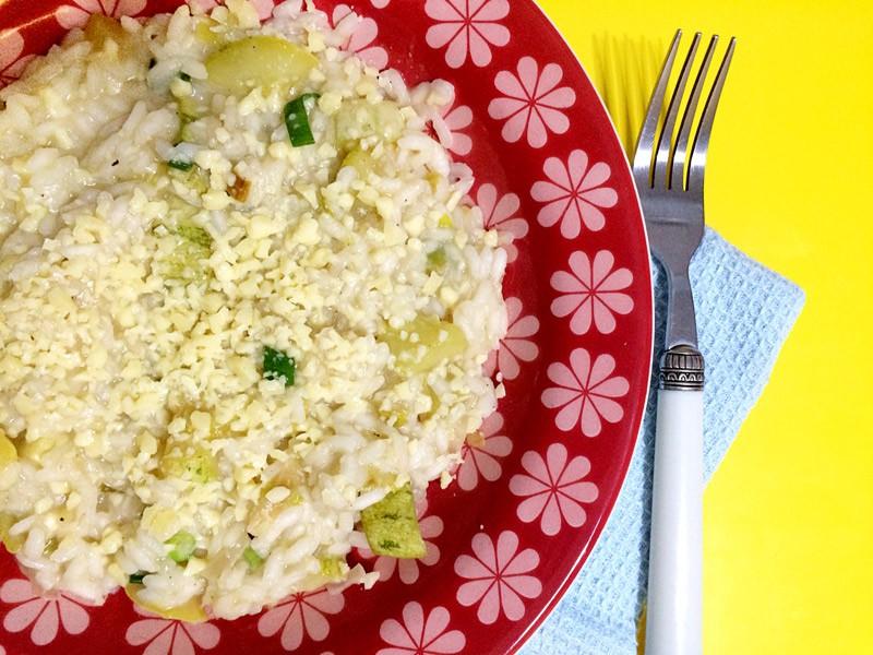 Receita de risoto de abobrinha verde e alho-poró
