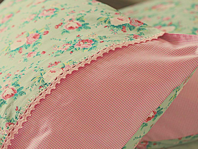 Fronhas personalizadas: um charme para seu travesseiro