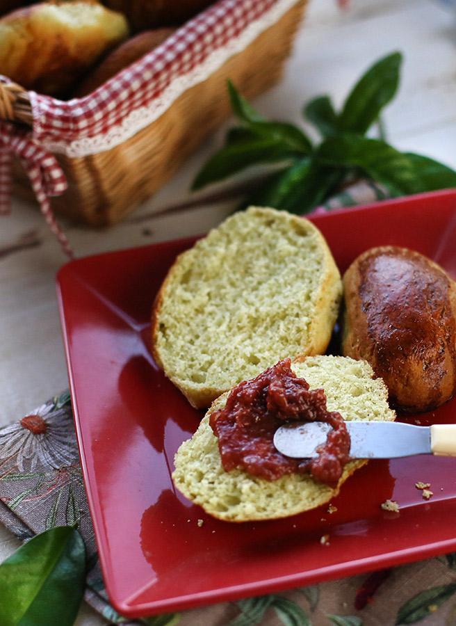 Pão de ora-pro-nóbis
